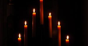 Zauber mit Kerzen
