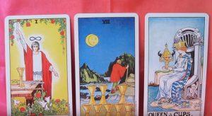 """Hechizos die Liebe Ihres Lebens zu finden """"width ="""" 300 """"height ="""" 164 """"/> </p> <h3> <strong> </strong> </h3> <h3> <strong> muß die folgenden Elemente für diesen Zauber der Liebe mit Tarot-Karten </strong> </h3> <p> die Sternkarte </p> <p> Karte Liebhaber </p> <p> El Rey de Copas </p> </p> <h4> <strong> Verfahren folgen: </strong> </h4> <p> zuerst, schreiben Sie eine Liste aller Dinge, die Sie in Ihren perfekten Liebe wollen. verbringen Sie einige Zeit auf dieser, und versucht, allgemeinere und weniger spezifisch. </p> <p>wenn Sie Ihre Liste haben, geben Sie einen meditativen Zustand . legen Sie nun die drei Tarot-Karten auf dem Altar. Lesen Sie, was Sie auf der Liste geschrieben haben und Ihren Seelenfreund so detailliert wie möglich visualisieren. </p> <p> Stellen Sie sich vor, wie sie zusammen glücklich aussehen. Fühlen Sie Ihr Herz voller bedingungslose Liebe für diese Person, und Dankbarkeit Sie das Gefühl, zu wissen, dass Sie auch wollen. Nun die folgende Beschwörung wiederholen, dass jemand besondere anziehen: </p> <blockquote> <p> <strong> """"Ich wende mich an die guten Geister, ich nenne die karmischen Kräfte, und ich appelliere an die Herrschenden. Helfen Sie mir den Weg für meinen Seelenpartner ebnen könnte mir angezogen werden. """"</strong> </p> </blockquote> <p> Legen Sie das Stück Papier mit den Qualitäten Ihrer Seele Gehilfen an der Spitze der Charts. Schließen Sie die Augen und noch einmal vergegenwärtigen, sich mit dieser glücklichen und in der Liebe / oder, jetzt wiederholt Person </p> <blockquote> <p> <strong> """"Alles, was in dieser Liste ist nun erfüllt, so wird der Zauber auf dieses Mal, und die Magie wird ewig dauern. So soll es sein. """"</strong> </p> </blockquote> <p> Lassen Sie Tarot-Karten zusammen mit der Liste auf dem Altar und wiederholen Sie den Vorgang für 3 Tage in Folge, dann ist alles in einem geheimen Ort speichern. </p> <p> Wenn Sie diesen <strong> Zauber der Liebe mit Tarot-Karten </strong> wissen möchten, können Sie es mit jemandem tei"""
