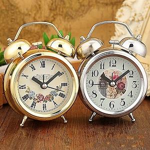 """Zauber, um dein Ex zu vergessen """"width ="""" 300 """"height ="""" 300 """"/> Um mit diesem Spruch zu beginnen, damit du deinen Ex vergisst, nimmst du die Uhr, und du wirst sie aufdecken und im Hintergrund wirst du dein Bild und das Bild deines Liebsten machen und du wirst es wieder abdecken. </p> <p style="""