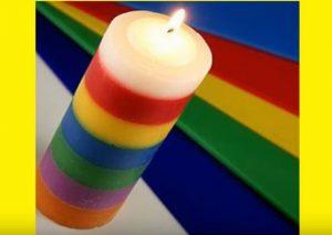 """Magie der Kerzen """"Breite ="""" 439 """"Höhe ="""" 312 """"/> </p> <p> Hier sind die Bedeutung der Farben der Kerzen im Allgemeinen: </p> <p> <strong> Weiße Kerzen: [19459005ZerstörungnegativerEnergieFriedenWahrheitundReinheit</p> <p> <strong> Lila Kerzen: </strong> Geistiges Bewusstsein, Weisheit, Ruhe </p> <p> <strong> Lavendel Kerzen: </strong> Intuition, Paranor Böses, Frieden, Heilung </p> <p> <strong> Blaue Kerzen: </strong> Meditation, Heilung, Vergebung, Inspiration, Treue, Glück und erste Kommunikationslinien </p> <p> <strong> Grüne Kerzen: [</p> <p> <strong></strong> Geld, Fruchtbarkeit, Glück, Fülle, Gesundheit (sollte bei Krebs nicht verwendet werden), Erfolg </p> <p> <strong> Rosa Kerzen: </strong> Selbstliebe, Positivität, Freundschaft, Harmonie, Freude </p> <p> <strong> Gelbe Kerzen: </strong> erkennen und manifestieren sich positive Gedanken, Vertrauen, bringen Handlungspläne, Kreativität, Intelligenz, geistige Klarheit, Hellsehen. </p> <p> <strong> Orange Kerzen: </strong> Freude, Energie, Erziehung, Kraftanziehung, Anregung </p> <p> <strong> Rote oder dunkelrote Kerzen: </strong> Leidenschaft, Energie, Liebe, Lust, Beziehungen, Sex, Vitalität, Mut. </p> <p> <strong> Schwarze Kerzen: </strong> protecció n, Absorption und Zerstörung negativer Energie und stößt auch die negative Energie anderer ab </p> <p> <strong> Silberne Kerze: </strong> Göttin oder weibliche Energie, negiere Negativität, psychische Entwicklung </p> <p> ] <strong> Goldene Kerze: </strong> männliche Energie, Solarenergie, Glück, spirituelle Errungenschaft </p> <p> Praktizierende, die magische Kerzen benutzen, empfehlen oft Namen, Daten, Geburtsdaten und bestimmte Symbole in der Kerze (oder der Becher, der sie umschließt), um die Absichten zu bekräftigen. Außerdem sollten die Kerzen mit Öl ummantelt sein und Sie können einfaches Olivenöl oder bestimmte ätherische Öle verwenden, um die Kerze zu kleiden und ihre Wirksamkeit zu erhöhen. </p> <p> Je nach den Absichten oder den Gründen, warum Sie die """