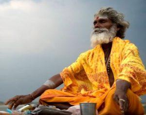 """welche meditation wählen """"width ="""" 300 """"height ="""" 236 """"/> </p> <p> Kundalini-Yoga wird Energie freisetzen, die einer zusammengerollten Schlange an der Basis der Wirbelsäule ähnelt, diese Energie wird durch die Wirbelsäule und Krone aufsteigen. </p> <p> Diese Praxis hält sich an Diätpraktiken Atemübungen und spezifische Bewegungen </p> <p> <strong> Wie man Kundalini-Meditation macht: </strong> </p> <ul> <li> Blockieren Sie Ihr linkes Nasenloch und atmen Sie tief und tief ein. Bei der nächsten Inhalation Blockiere dein rechtes Nasenloch, wiederhole und lasse deinen Geist frei, während du dich auf das Atmen konzentrierst. </li> <li> Die Art der Meditation, die auf Kundalini basiert, ist ein Yogasystem, das regelmäßiges Lernen und Üben erfordert. , aber die Verteidiger behaupten, dass die Kundalini die Physiologie verändert Gehirn, Gehirnwellen und Energieniveaus </li> </ul> <h3> <span id="""