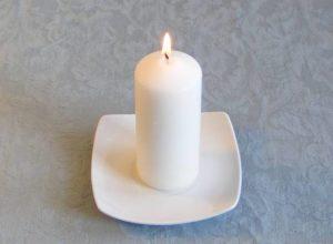 """Weiße Kerze für Zaubersprüche """"width ="""" 300 """"height ="""" 220 """"/>   <p> In Liebeszauber geben Sie im Bereich Materialien die Farbe der Kerze an, die zur Aktivierung der Energie erforderlich ist so dass die anderen Elemente, die unbedingt gesammelt werden müssen, um die Kräfte zu erzeugen, die wir ins Universum bringen werden, um unseren Zweck zu erfüllen, eingeschlossen sind. RITUALS WITH CANDLES Wie Sie sehen, sind sie viele rituale mit kerzen, die ausgeführt werden können: der zauber mit rosa kerze zum verlieben, mit gelber kerze zum anziehen der liebe, mit blauer kerze zum stärken der beziehung, orange zum anziehen der liebe oder mit grün, um deine große liebe wiederzugewinnen. Es kommt darauf an, was du erreichen willst, vergiss es nicht! </p> <p> Es geht nur darum, den Liebeszauber mit Kerzen zu suchen und zu finden, der zu deinem Zweck passt. Zögere nicht, mir zu schreiben, und dazwischen geben wir den idealen Zauber Behebe deine Situation. </p> </div> </pre> [contentblock id=2 img=adsense.png] </p>   </div><!-- .entry /-->  <!-- INICIO MATCHED CONTENT --> <script async src="""
